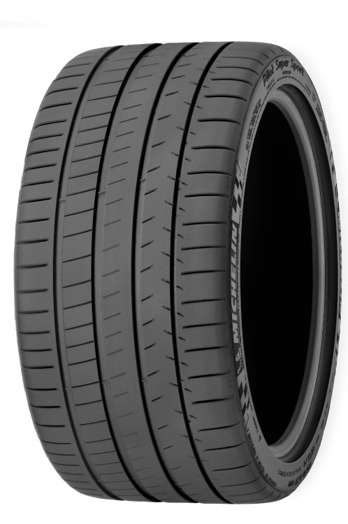 255/40 R18 Michelin Pilot Super Sport 95(Y)""